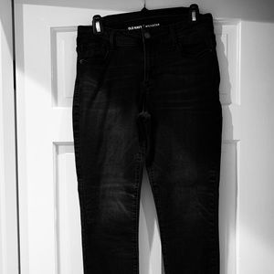 Old Navy Woman's Rockstar skinny jeans